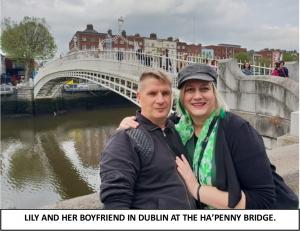 Globe Théâtre - Lily Poppins in Ireland - Ha'Penny Bridge in Dublin