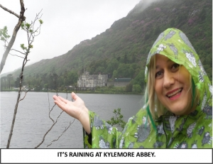 Globe Théâtre - Lily Poppins in Ireland - Kylemore Abbey in Connemara